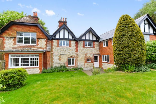 Thumbnail Semi-detached house to rent in Hole Lane, Bentley, Hampshire