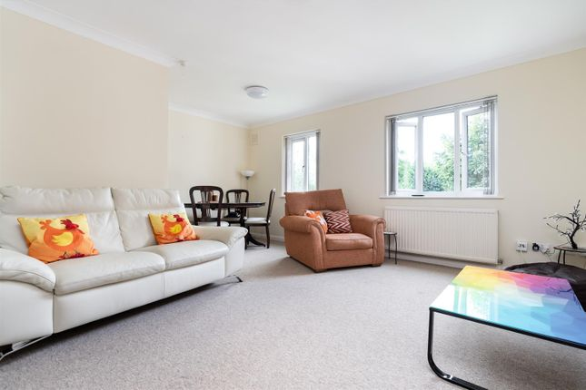 Thumbnail Flat to rent in Osprey Close, West Drayton