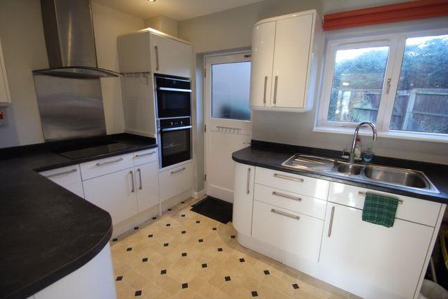 Kitchen of Atcheson Close, Studley B80