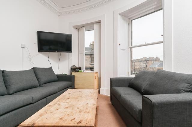 Thumbnail Flat to rent in South Clerk Street, Edinburgh