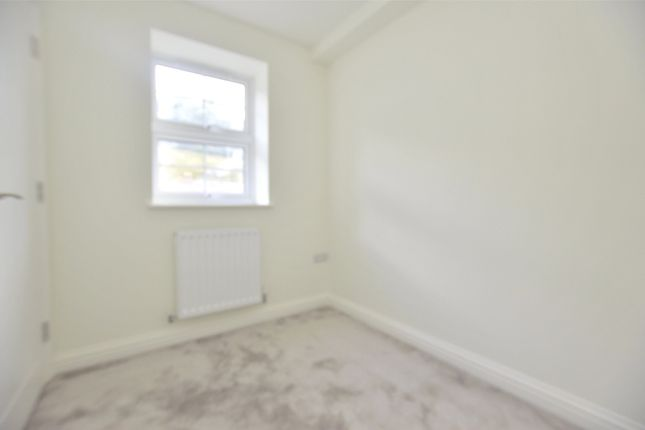Picture No. 33 of Coomb End, Radstock BA3
