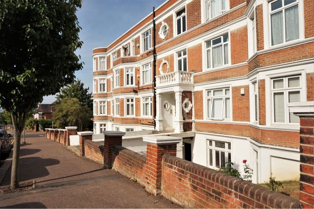 Thumbnail Flat for sale in Crowstone Road, Westcliff-On-Sea