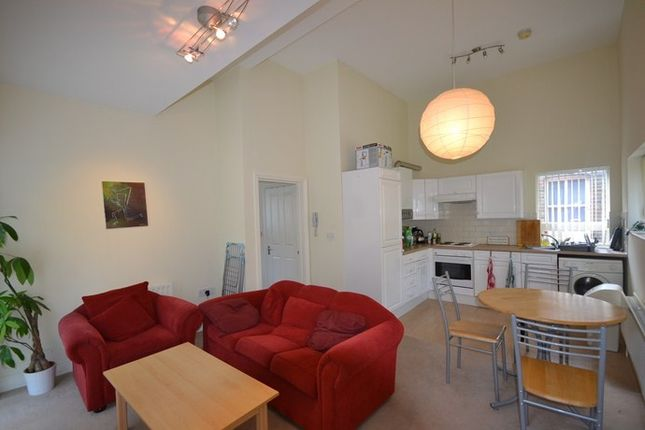 Thumbnail Terraced house to rent in Wooler Street Wooler Street, London