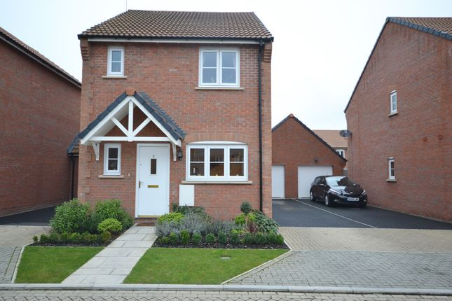 Thumbnail Detached house for sale in Rowan Close, Didcot