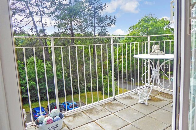 Balcony of Court Bushes Road, Whyteleafe, Surrey CR3