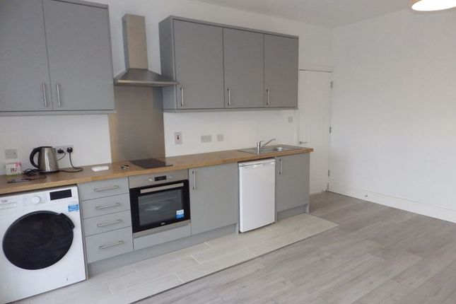 Thumbnail Flat to rent in Chelford Grove, Patchway, Bristol