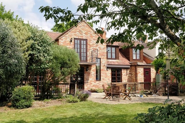 Thumbnail Semi-detached house to rent in Bennetts Hill, Offenham