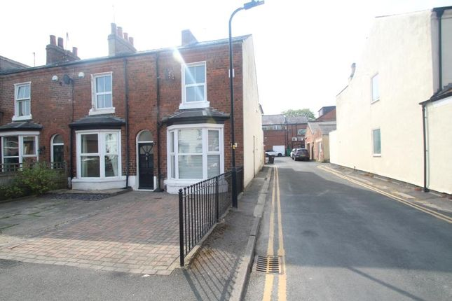 2 bed end terrace house to rent in Gladstone Street, Harrogate HG2