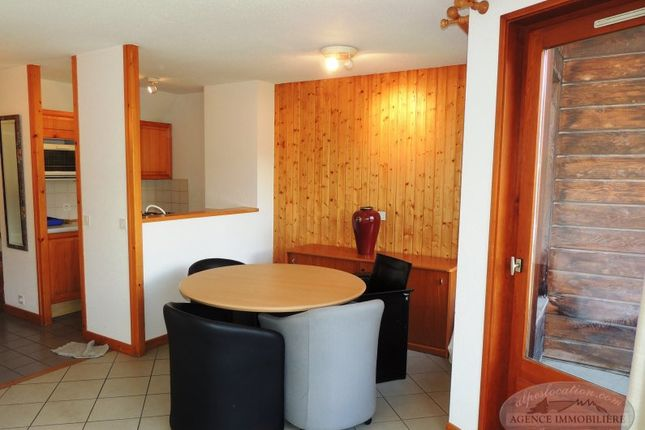 2 bed apartment for sale in Le Clos, Les Gets, Taninges, Bonneville, Haute-Savoie, Rhône-Alpes, France