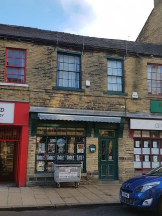 Leisure/hospitality to let in 10 North Parade, Bradford
