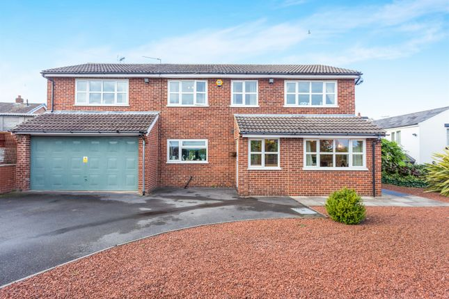 Thumbnail Detached house for sale in Cromwell Avenue, Findern, Derby