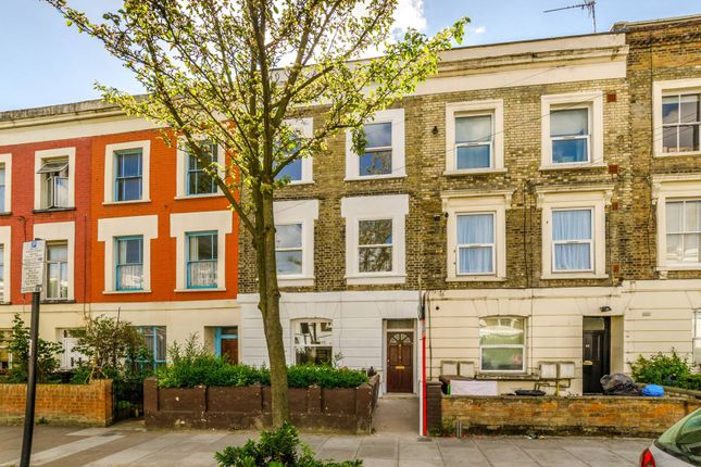 Thumbnail Terraced house to rent in Axminster Road, Holloway