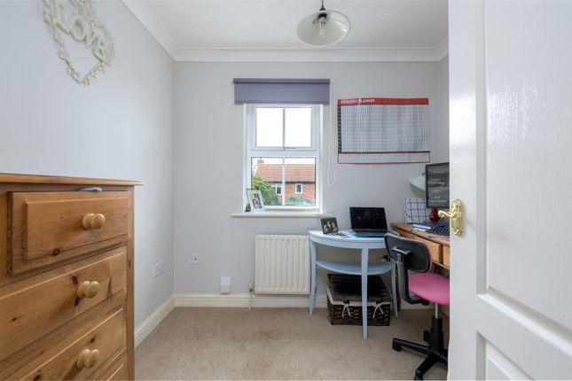 Bedroom/Office of Killarney Close, Grantham NG31