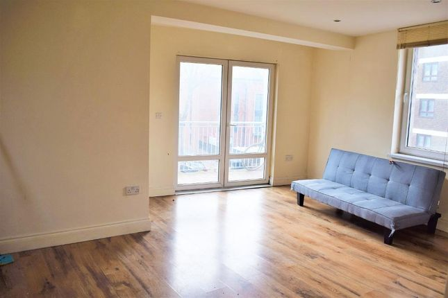 Thumbnail Flat to rent in Admiral House, Lomond Grove, London, London