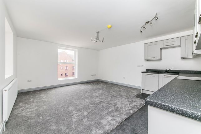 Thumbnail Flat for sale in Cliff Road, Dovercourt, Harwich