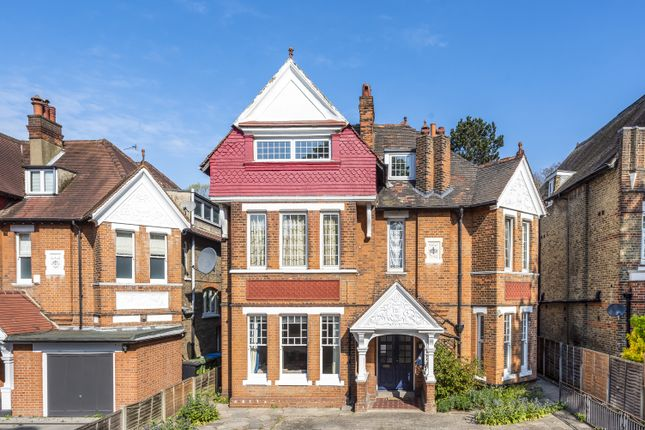 2 bed flat for sale in West Park, London SE9