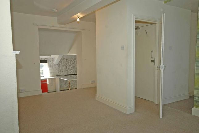 Thumbnail Flat to rent in Agincourt Street, Monmouth