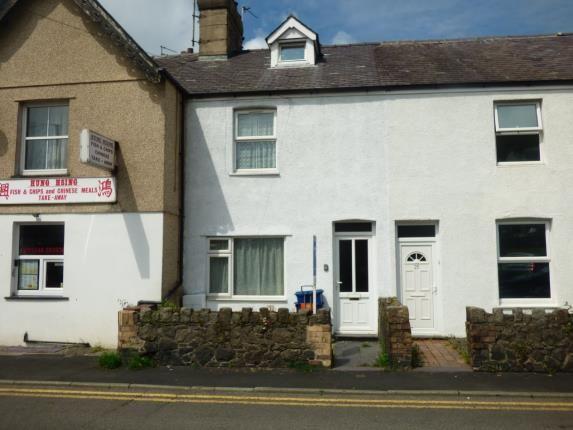Thumbnail Terraced house for sale in Penchwintan Road, Bangor, Gwynedd
