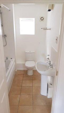 6 Bathroom 2 of Philmont Court, Coventry CV4