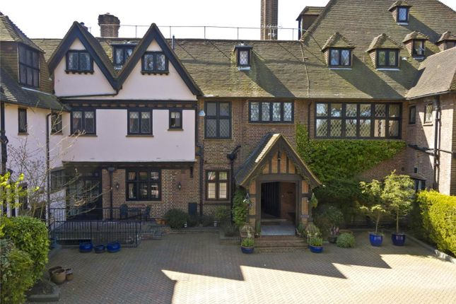 Thumbnail Mews house for sale in Yaffle Road, St. George's Hill, Weybridge, Surrey