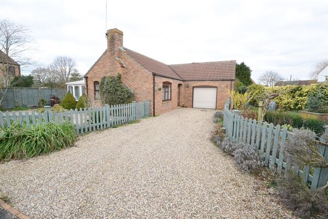 Thumbnail Bungalow for sale in Moorend Lane, Slimbridge, Gloucester