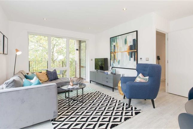 Thumbnail Flat for sale in Lansdowne Drive, Quadra, London Fields