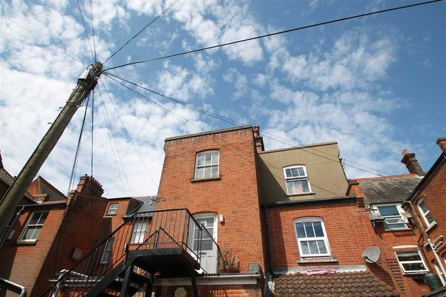 Thumbnail Flat for sale in Albert Walk, Felixstowe
