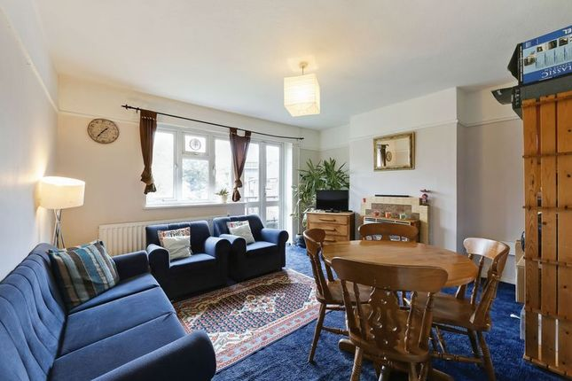 Thumbnail Flat for sale in Willow House, The Grange