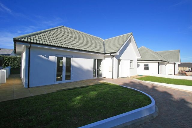 Thumbnail Bungalow for sale in Valongis, Alderney