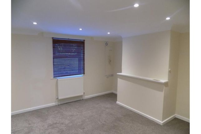 Thumbnail Flat for sale in Argyle Street, Reading
