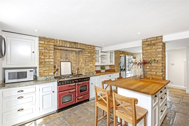 Thumbnail End terrace house to rent in Mortlake High Street, East Sheen, London