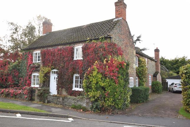 Thumbnail Detached house for sale in Normanby Road, Burton-Upon-Stather, Scunthorpe