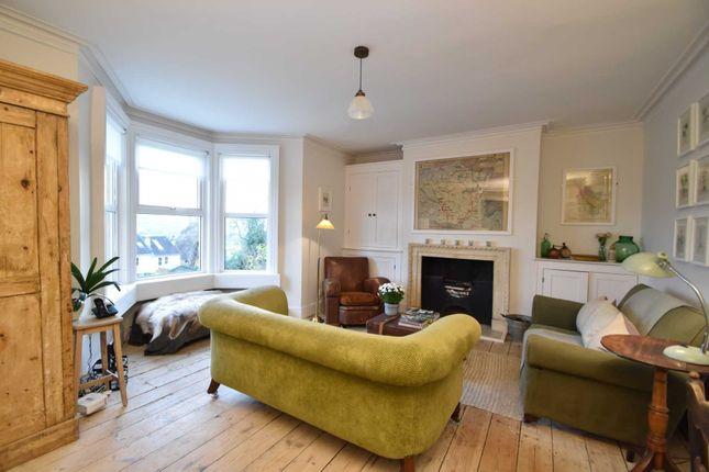 Thumbnail Flat to rent in Belgrave Crescent, Bath