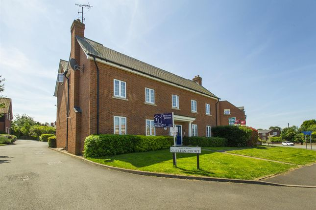 Thumbnail Flat for sale in Cutlers Court, Radcliffe-On-Trent, Nottingham