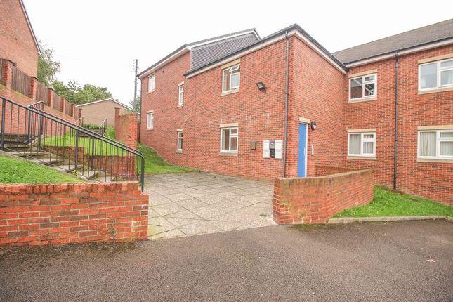 Flat to rent in Fairfield Place, Winlaton, Blaydon-On-Tyne