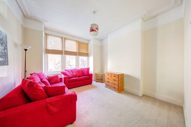 1 bed flat to rent in Edgeley Road, Clapham