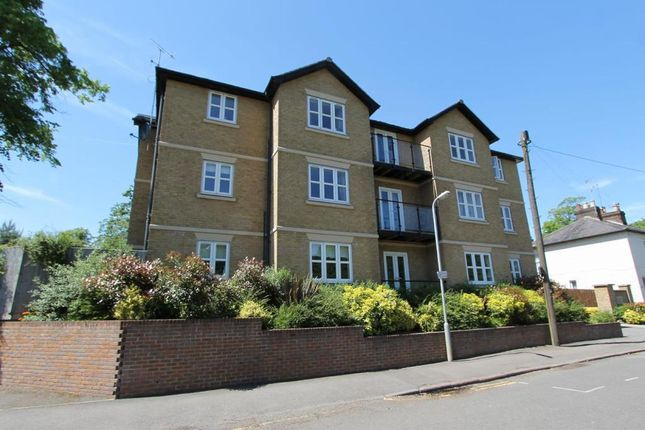Thumbnail Flat to rent in Andersons Croft, Hemel Hempstead, Hertfordshire