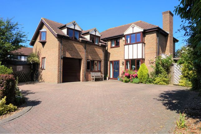 Thumbnail Detached house for sale in Cloudberry, Milton Keynes