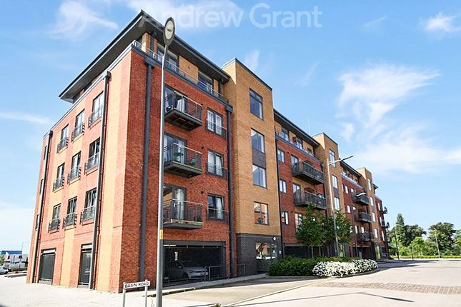 Thumbnail Flat to rent in Millwright House, Basin Road, Worcester, Worcestershire
