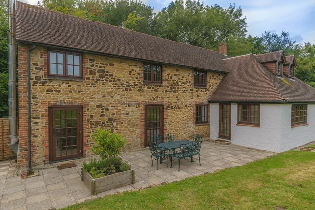 Thumbnail Detached house to rent in Lampard Lane, Churt, Farnham