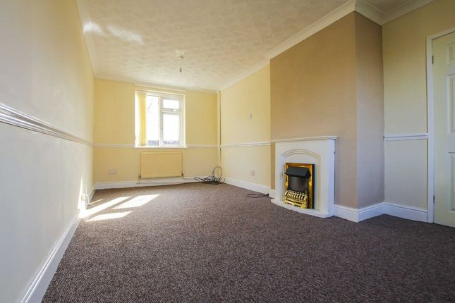Thumbnail Semi-detached house to rent in Balmoral Drive, Leigh
