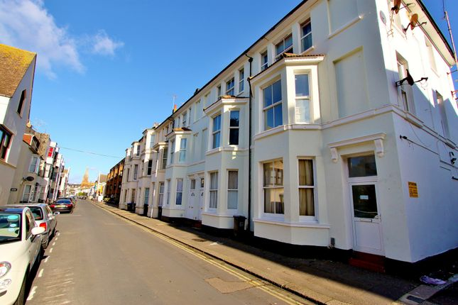 Thumbnail Flat to rent in Western Place, Worthing