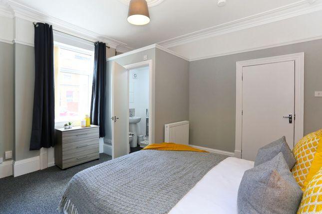 Thumbnail Room to rent in Regent Street, Wakefield