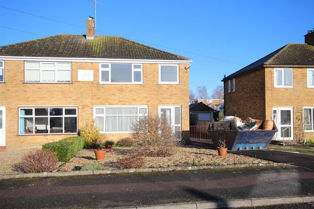 Thumbnail Property to rent in Palmers, Wantage