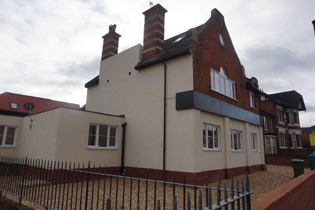 Studio to rent in Portswood Road, Southampton