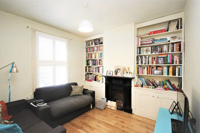 Thumbnail Terraced house to rent in Green Road, Whetstone, London