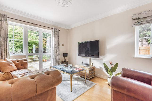 Reception of Burton Drive, Guildford GU3
