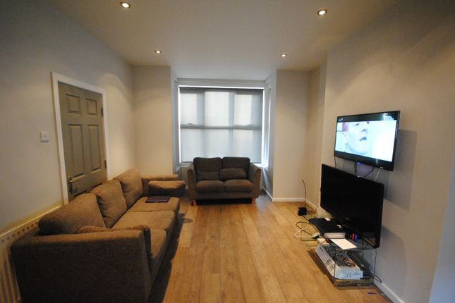 Thumbnail Terraced house to rent in 4 Stanmore Street, Burley Park