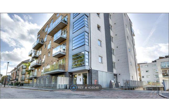 Thumbnail Flat to rent in Ashton House, London