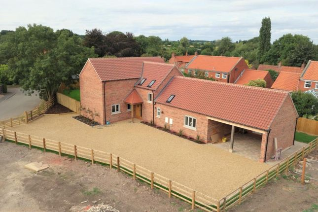 Thumbnail Detached house for sale in Hawksworth Road, Syerston, Newark